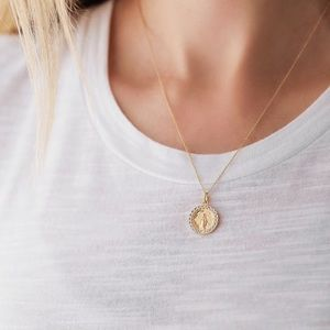 Miraculous Mary Necklace | Gold Vermeil 925 Silver